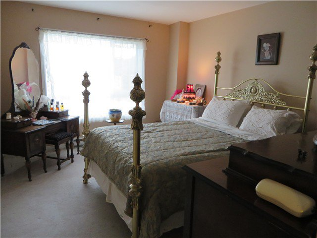 Photo 6: Photos: 303 45745 PRINCESS Avenue in Chilliwack: Chilliwack W Young-Well Condo for sale : MLS®# H1402195
