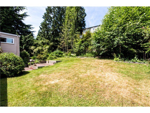 Photo 3: Photos: 1284 ELDON Road in North Vancouver: Canyon Heights NV House for sale : MLS®# V1129079