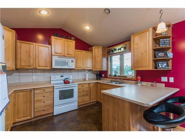 """Photo 6: Photos: 10940 SALMON VALLEY Road: Salmon Valley House for sale in """"SALMON VALLEY"""" (PG Rural North (Zone 76))  : MLS®# N248396"""