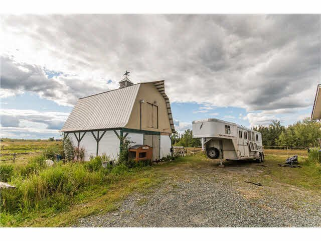 """Photo 13: Photos: 10940 SALMON VALLEY Road: Salmon Valley House for sale in """"SALMON VALLEY"""" (PG Rural North (Zone 76))  : MLS®# N248396"""