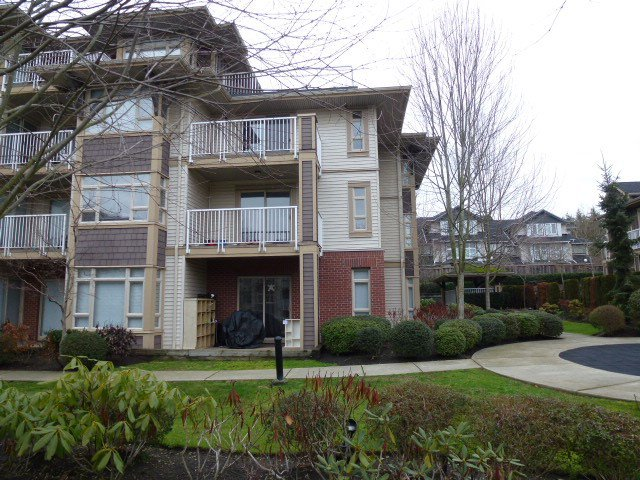 """Photo 3: Photos: 111 7337 MACPHERSON Avenue in Burnaby: Metrotown Condo for sale in """"CADENCE"""" (Burnaby South)  : MLS®# R2027010"""