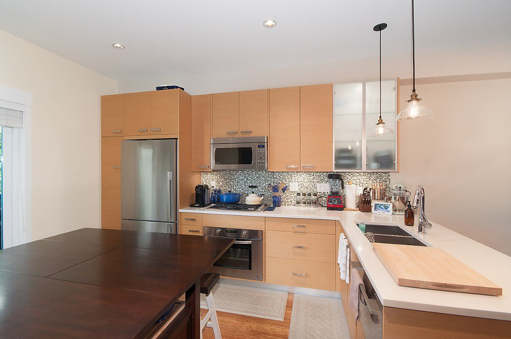 "Photo 11: Photos: 958 W 15TH Avenue in Vancouver: Fairview VW Townhouse for sale in ""THE CLASSIX"" (Vancouver West)  : MLS®# R2063040"