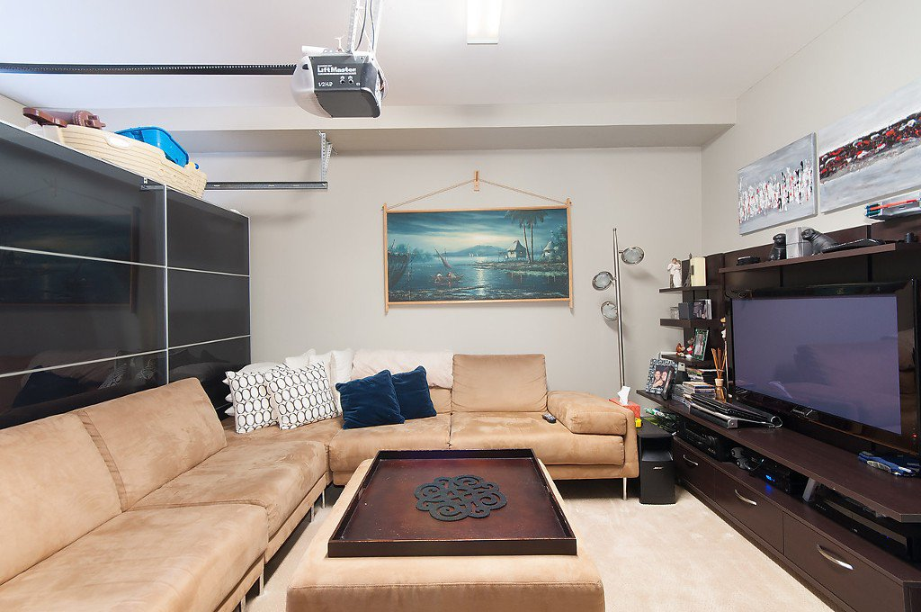 "Photo 15: Photos: 958 W 15TH Avenue in Vancouver: Fairview VW Townhouse for sale in ""THE CLASSIX"" (Vancouver West)  : MLS®# R2063040"