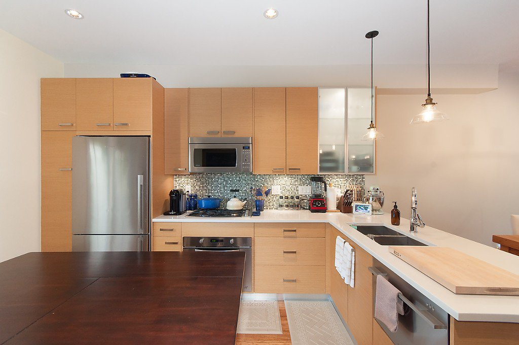 "Photo 10: Photos: 958 W 15TH Avenue in Vancouver: Fairview VW Townhouse for sale in ""THE CLASSIX"" (Vancouver West)  : MLS®# R2063040"