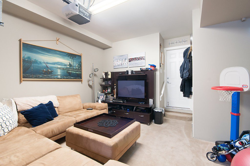 "Photo 14: Photos: 958 W 15TH Avenue in Vancouver: Fairview VW Townhouse for sale in ""THE CLASSIX"" (Vancouver West)  : MLS®# R2063040"