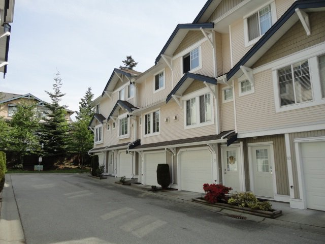 """Main Photo: 52 6533 121 Street in Surrey: West Newton Townhouse for sale in """"Stonebriar"""" : MLS®# R2063528"""