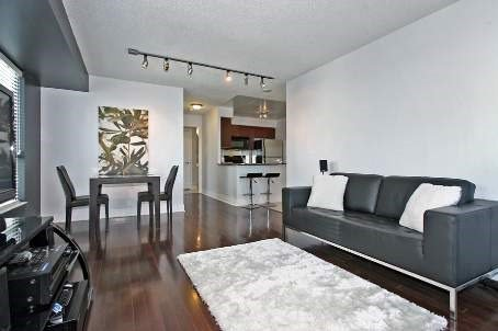 Main Photo: 1508 21 Hillcrest Avenue in Toronto: Willowdale East Condo for sale (Toronto C14)  : MLS®# C3482536