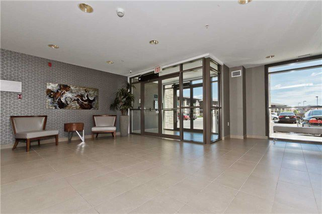 Photo 6: Photos: 113 5020 Corporate Drive in Burlington: Uptown Condo for lease : MLS®# W3508838