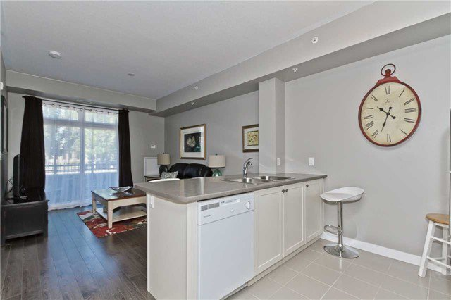 Photo 10: Photos: 113 5020 Corporate Drive in Burlington: Uptown Condo for lease : MLS®# W3508838