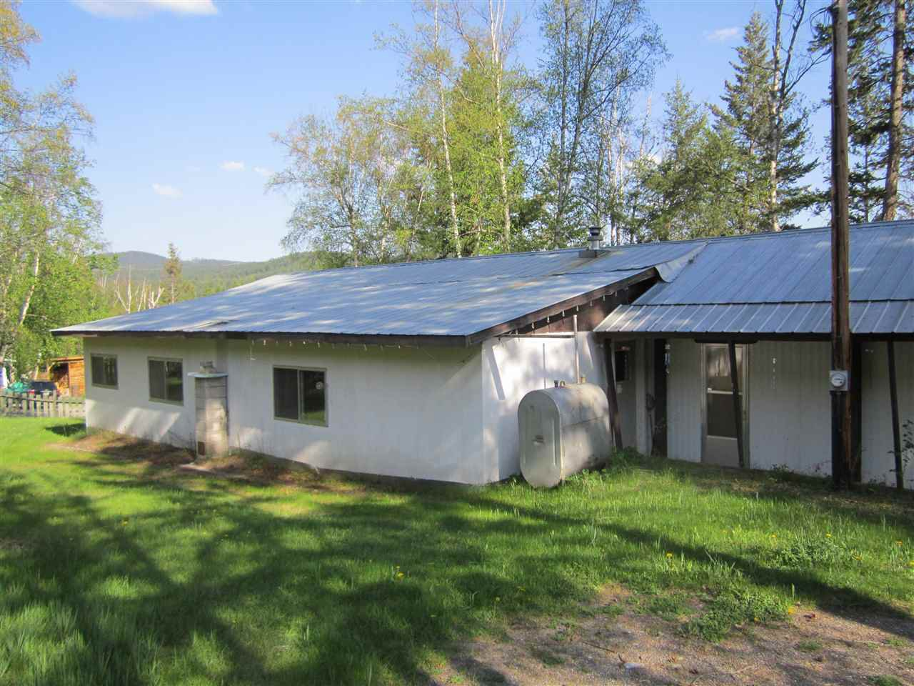 Main Photo: 6793 LAGERQUIST Road: McLeese Lake Manufactured Home for sale (Williams Lake (Zone 27))  : MLS®# R2126020
