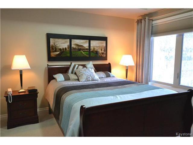 Photo 8: Photos: 1205 St Anne's Road in Winnipeg: River Park South Condominium for sale (2F)  : MLS®# 1702876