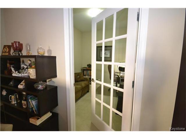 Photo 11: Photos: 1205 St Anne's Road in Winnipeg: River Park South Condominium for sale (2F)  : MLS®# 1702876