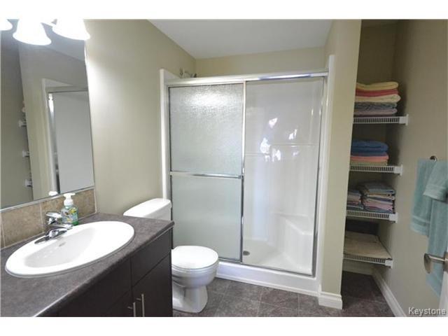 Photo 14: Photos: 1205 St Anne's Road in Winnipeg: River Park South Condominium for sale (2F)  : MLS®# 1702876