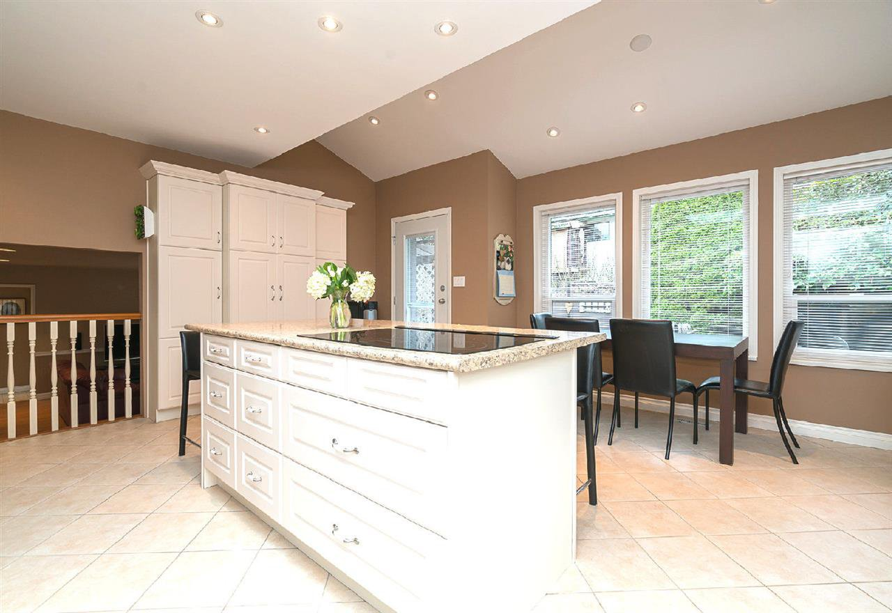 Photo 3: Photos: 32858 ASHLEY Way in Abbotsford: Central Abbotsford House for sale : MLS®# R2154090