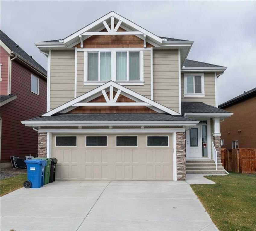 Main Photo: 16 VALLEY POINTE Link NW in Calgary: Valley Ridge House for sale : MLS®# C4142187