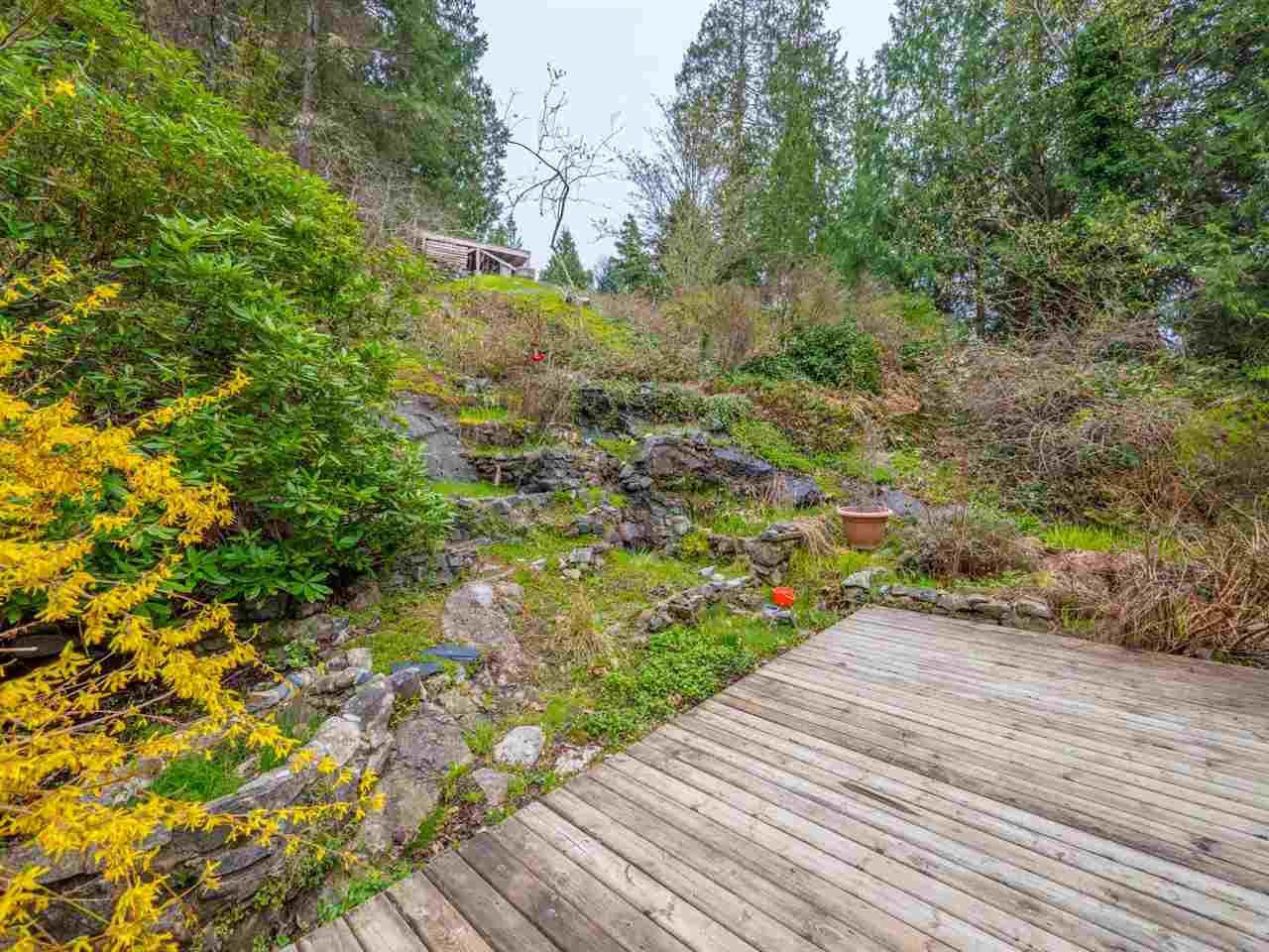 Photo 20: Photos: 8590 REDROOFFS Road in Halfmoon Bay: Halfmn Bay Secret Cv Redroofs House for sale (Sunshine Coast)  : MLS®# R2255695