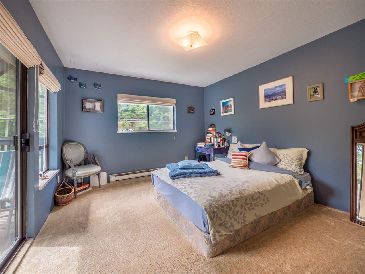 Photo 13: Photos: 8590 REDROOFFS Road in Halfmoon Bay: Halfmn Bay Secret Cv Redroofs House for sale (Sunshine Coast)  : MLS®# R2255695