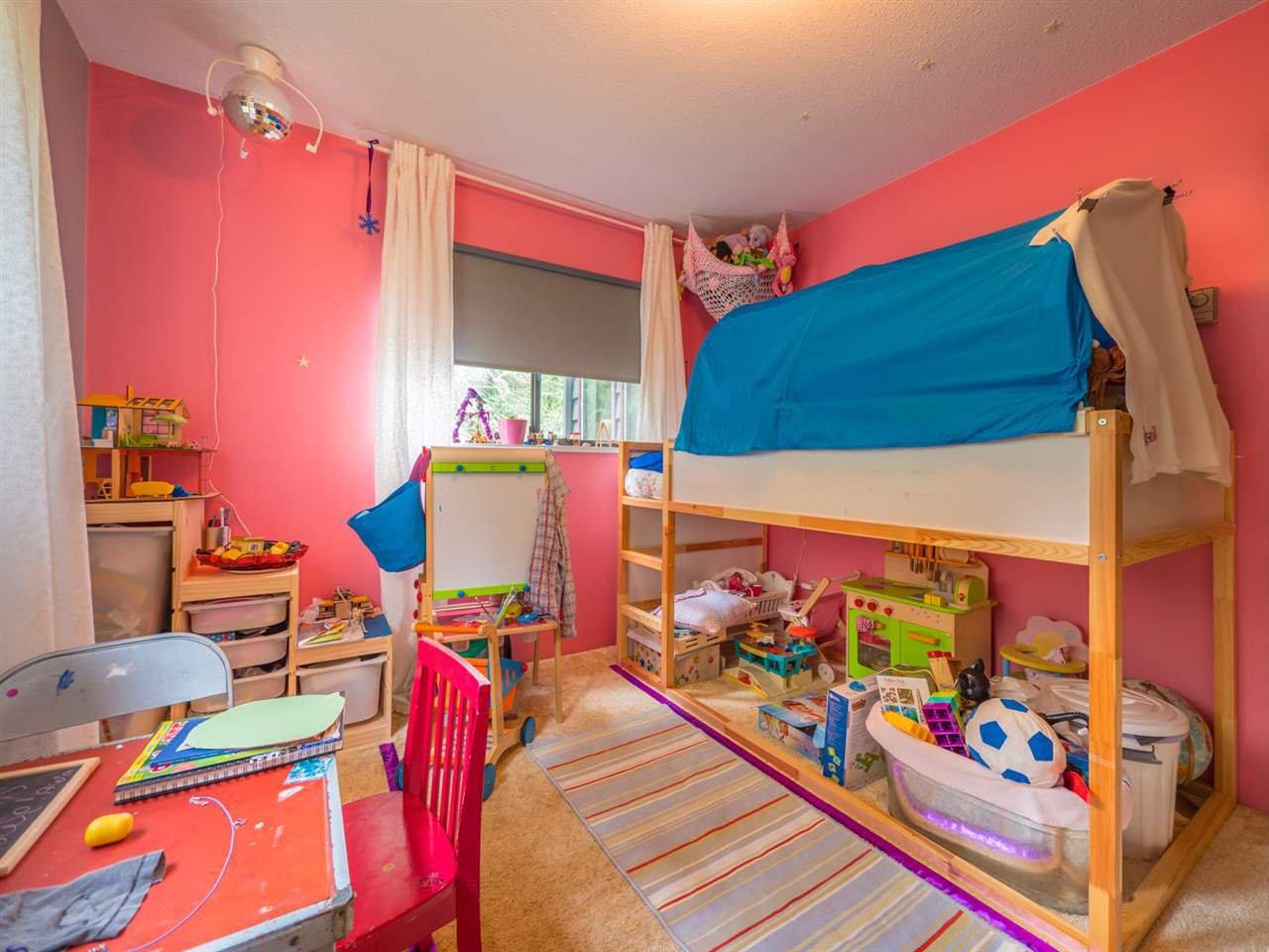 Photo 14: Photos: 8590 REDROOFFS Road in Halfmoon Bay: Halfmn Bay Secret Cv Redroofs House for sale (Sunshine Coast)  : MLS®# R2255695