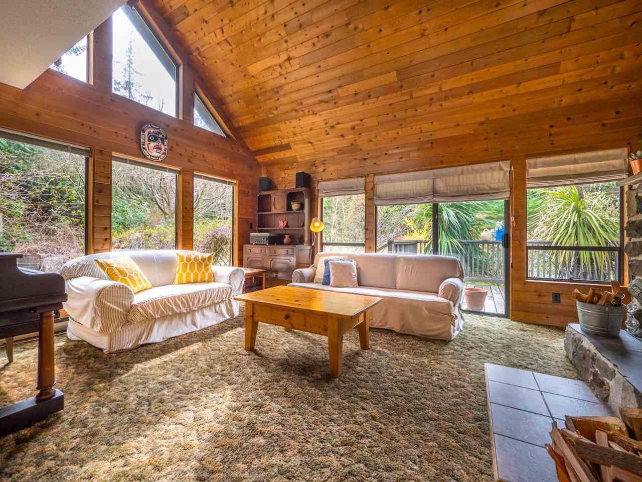Photo 7: Photos: 8590 REDROOFFS Road in Halfmoon Bay: Halfmn Bay Secret Cv Redroofs House for sale (Sunshine Coast)  : MLS®# R2255695