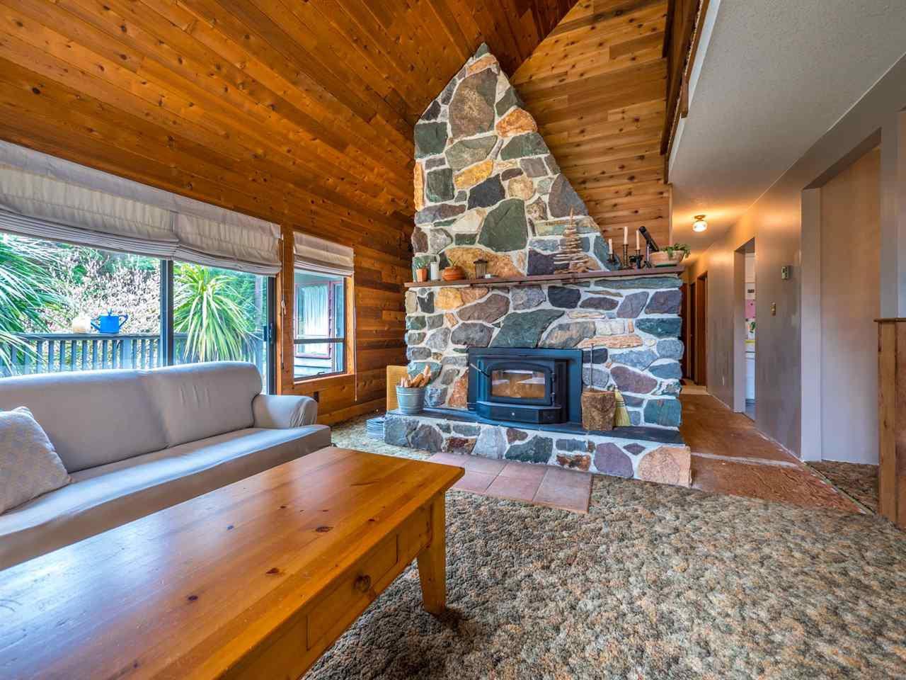 Photo 8: Photos: 8590 REDROOFFS Road in Halfmoon Bay: Halfmn Bay Secret Cv Redroofs House for sale (Sunshine Coast)  : MLS®# R2255695