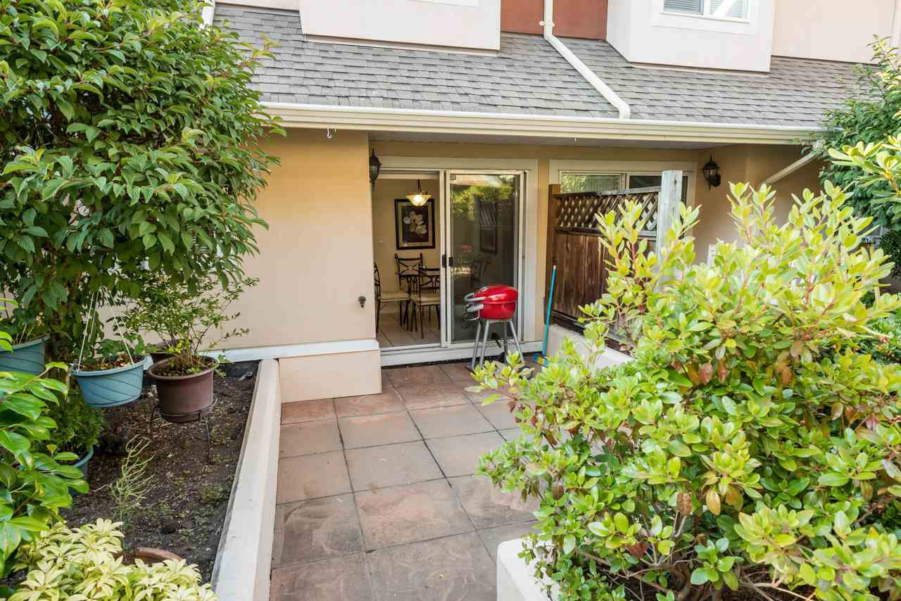 """Photo 14: Photos: 27 15442 16A Avenue in Surrey: King George Corridor Townhouse for sale in """"Carleton Court"""" (South Surrey White Rock)  : MLS®# R2280118"""