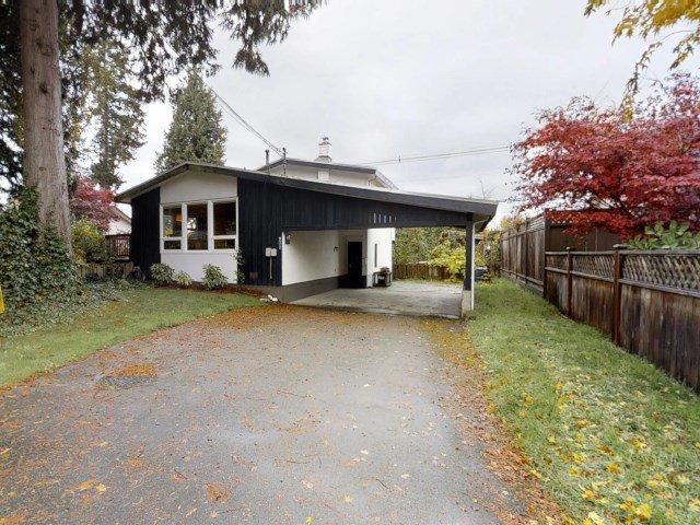 Main Photo: 937 56A Street in Delta: Tsawwassen East House for sale (Tsawwassen)  : MLS®# R2319327
