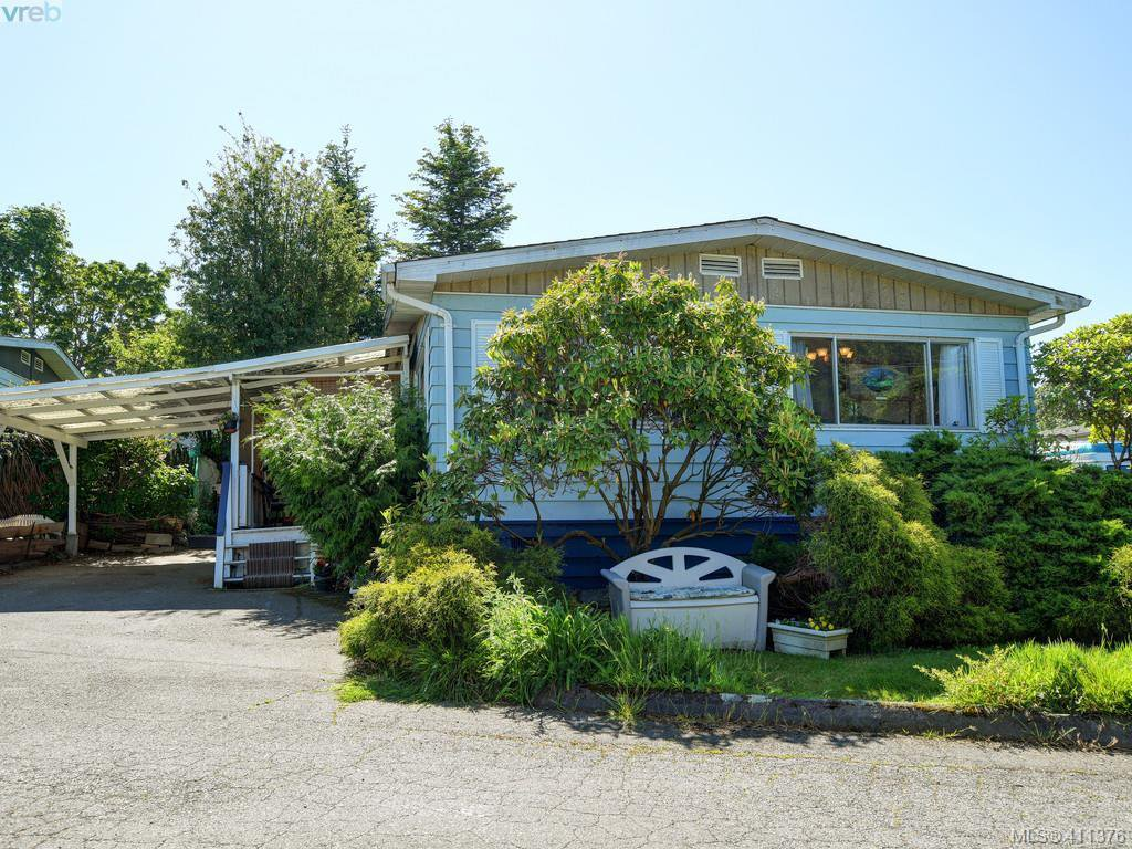 Main Photo: 9 1498 Admirals Rd in VICTORIA: VR Glentana Manufactured Home for sale (View Royal)  : MLS®# 815323