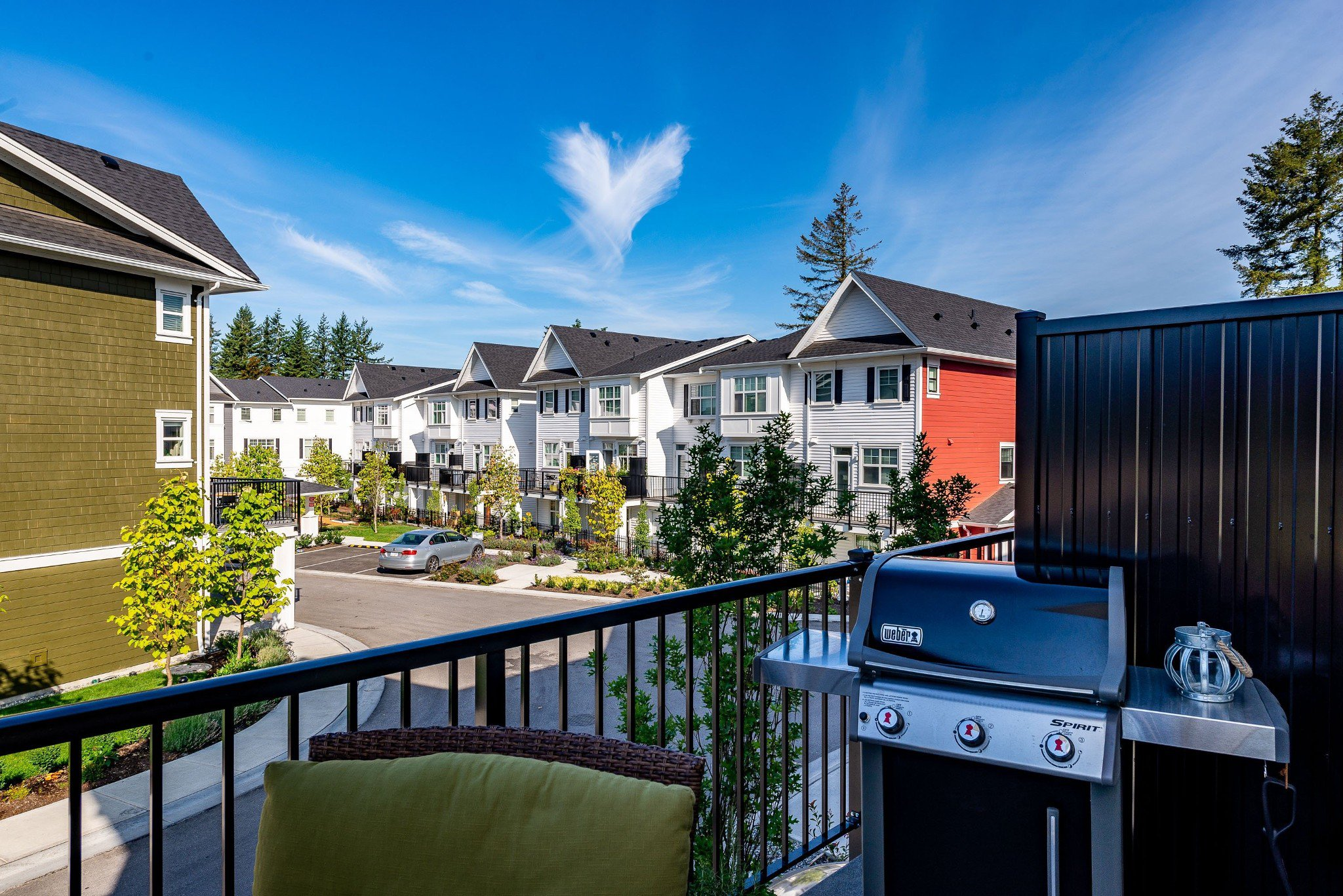 "Photo 29: Photos: 1 27735 ROUNDHOUSE Drive in Abbotsford: Aberdeen Townhouse for sale in ""ROUNDHOUSE"" : MLS®# R2398664"