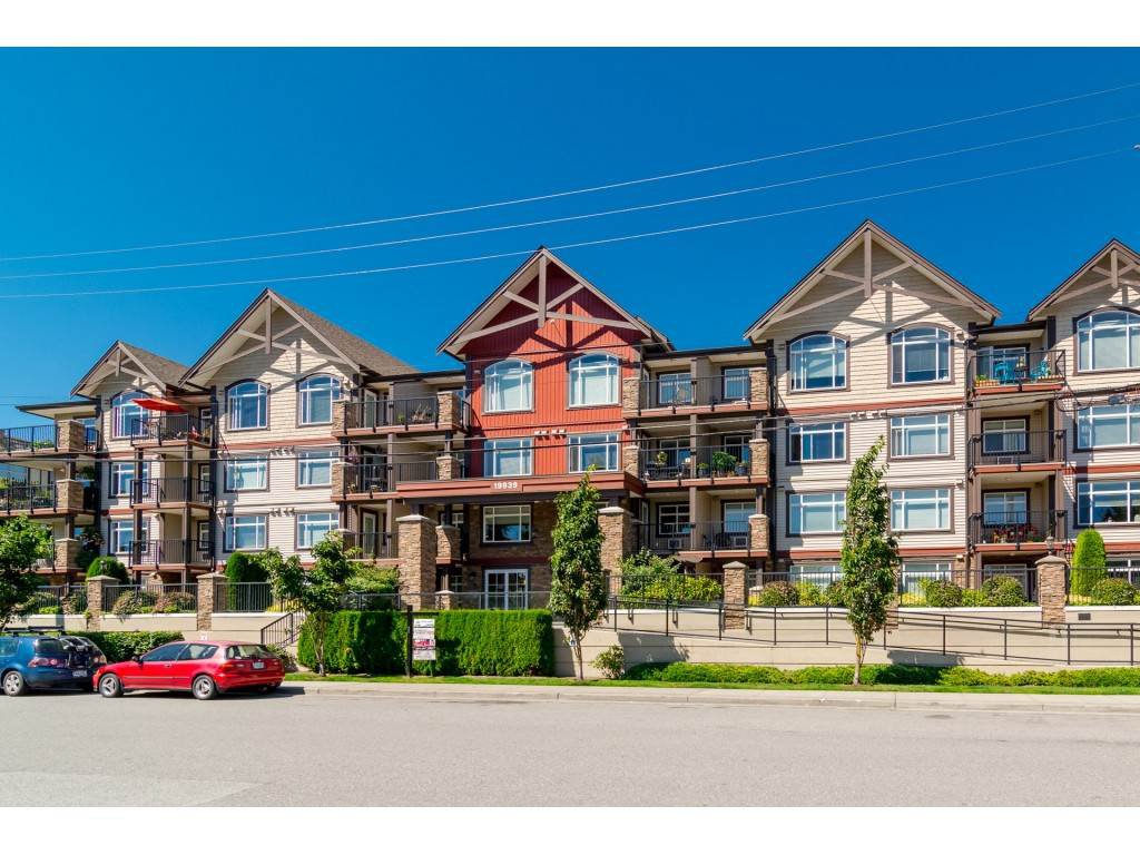 "Main Photo: 217 19939 55A Avenue in Langley: Langley City Condo for sale in ""MADISON CROSSING"" : MLS®# R2434033"