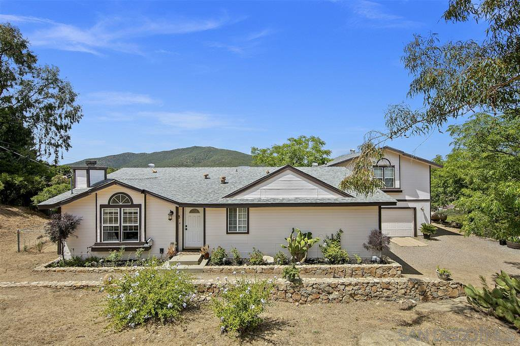 Main Photo: JAMUL House for sale : 4 bedrooms : 16044 Lilac Wood Lane