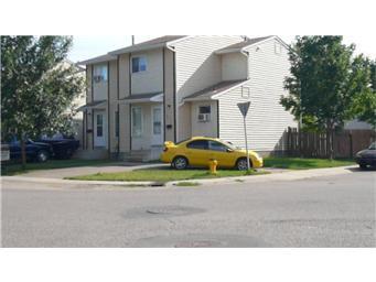 Main Photo: 669 671 Kellough Road in Saskatoon: Forest Grove Duplex for sale (Saskatoon Area 01)  : MLS®# 409128