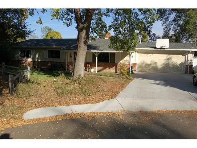Main Photo: SOUTH ESCONDIDO House for sale : 3 bedrooms : 510 Nicolo in Escondido