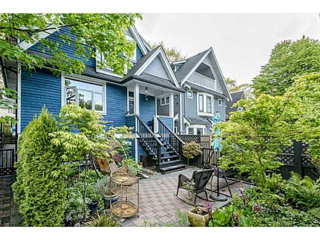 Main Photo: 1809 E 7TH Avenue in Vancouver: Grandview VE House 1/2 Duplex for sale (Vancouver East)  : MLS®# V1062864