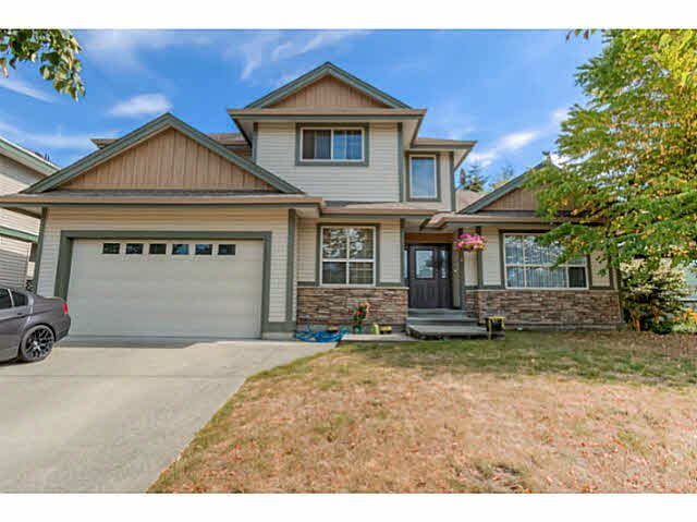 Main Photo: 6786 178B Street in Surrey: Cloverdale BC House for sale (Cloverdale)  : MLS®# F1450382