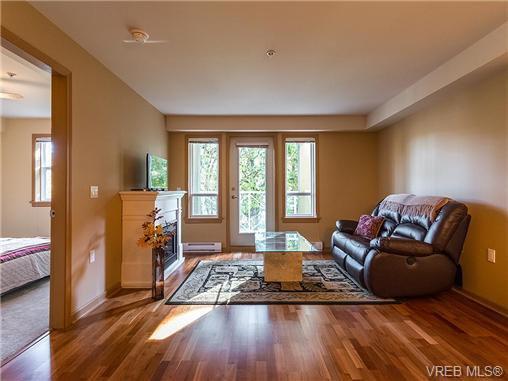 Main Photo: 202 655 Goldstream Avenue in VICTORIA: La Fairway Condo Apartment for sale (Langford)  : MLS®# 356653