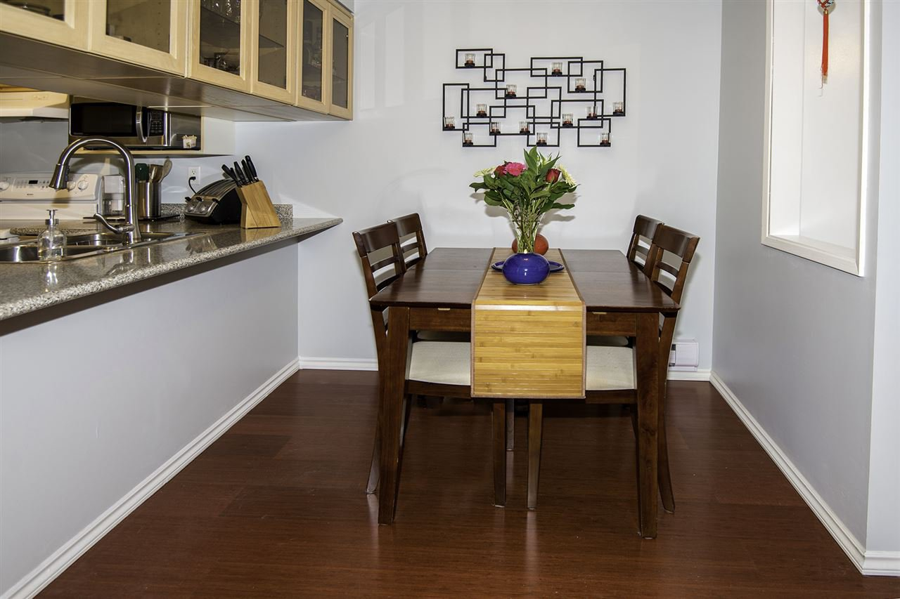 "Photo 5: Photos: 4 1350 W 6TH Avenue in Vancouver: Fairview VW Townhouse for sale in ""PEPPER RIDGE"" (Vancouver West)  : MLS®# R2012322"