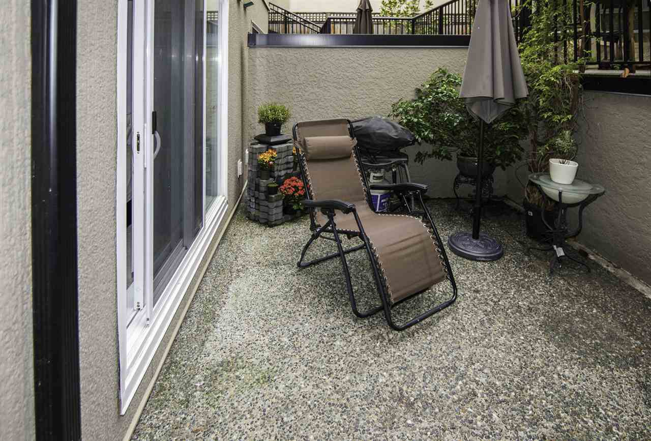 "Photo 13: Photos: 4 1350 W 6TH Avenue in Vancouver: Fairview VW Townhouse for sale in ""PEPPER RIDGE"" (Vancouver West)  : MLS®# R2012322"