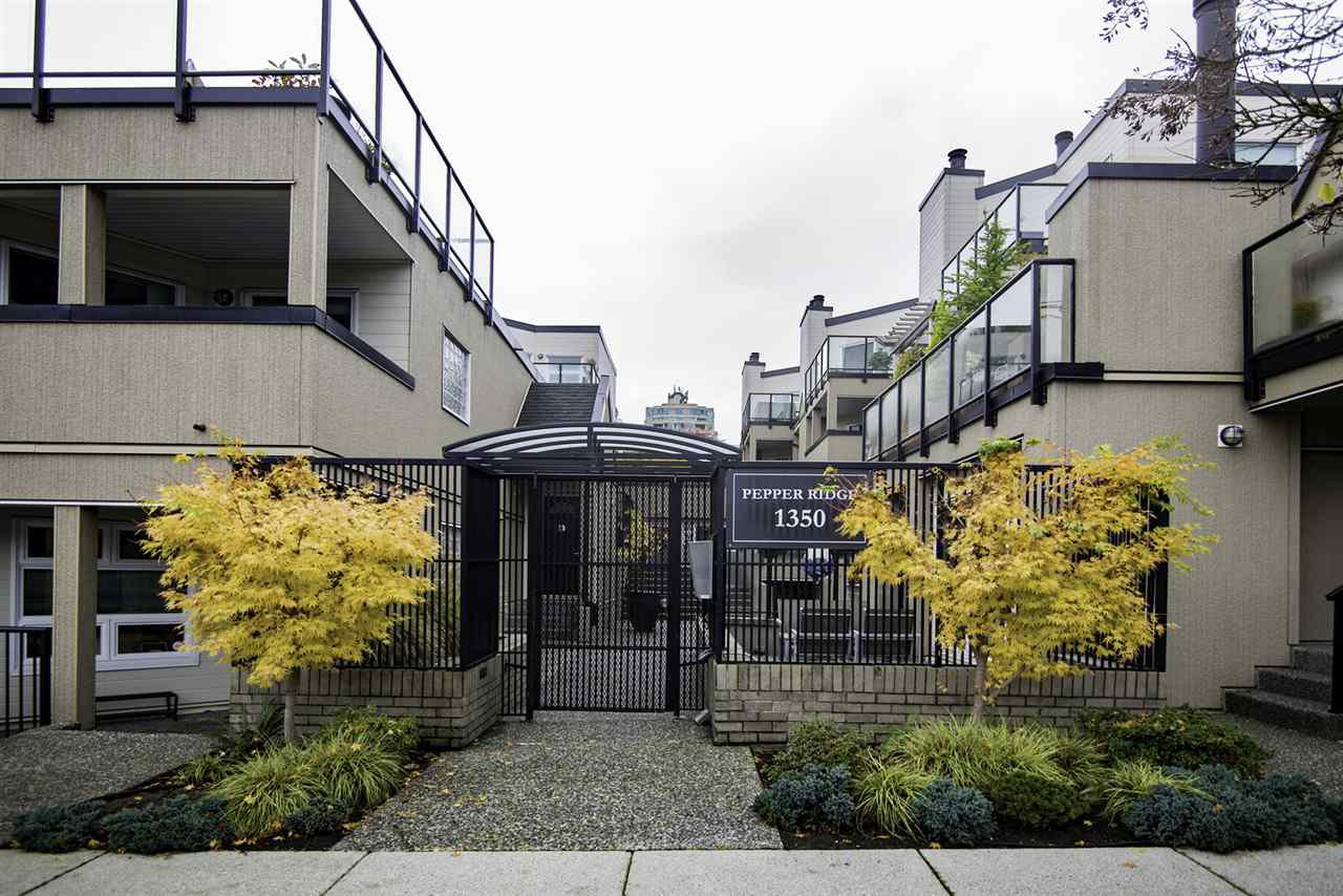 "Photo 15: Photos: 4 1350 W 6TH Avenue in Vancouver: Fairview VW Townhouse for sale in ""PEPPER RIDGE"" (Vancouver West)  : MLS®# R2012322"