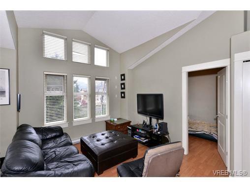 Main Photo: 401 2829 Peatt Rd in VICTORIA: La Langford Proper Condo for sale (Langford)  : MLS®# 717904