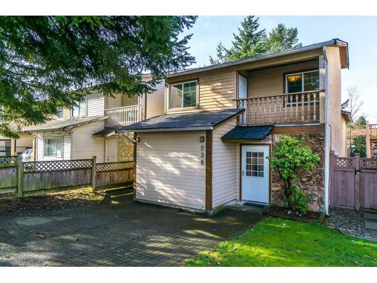 """Main Photo: 238 DAVIS Crescent in Langley: Aldergrove Langley House for sale in """"Springfield"""" : MLS®# R2030674"""