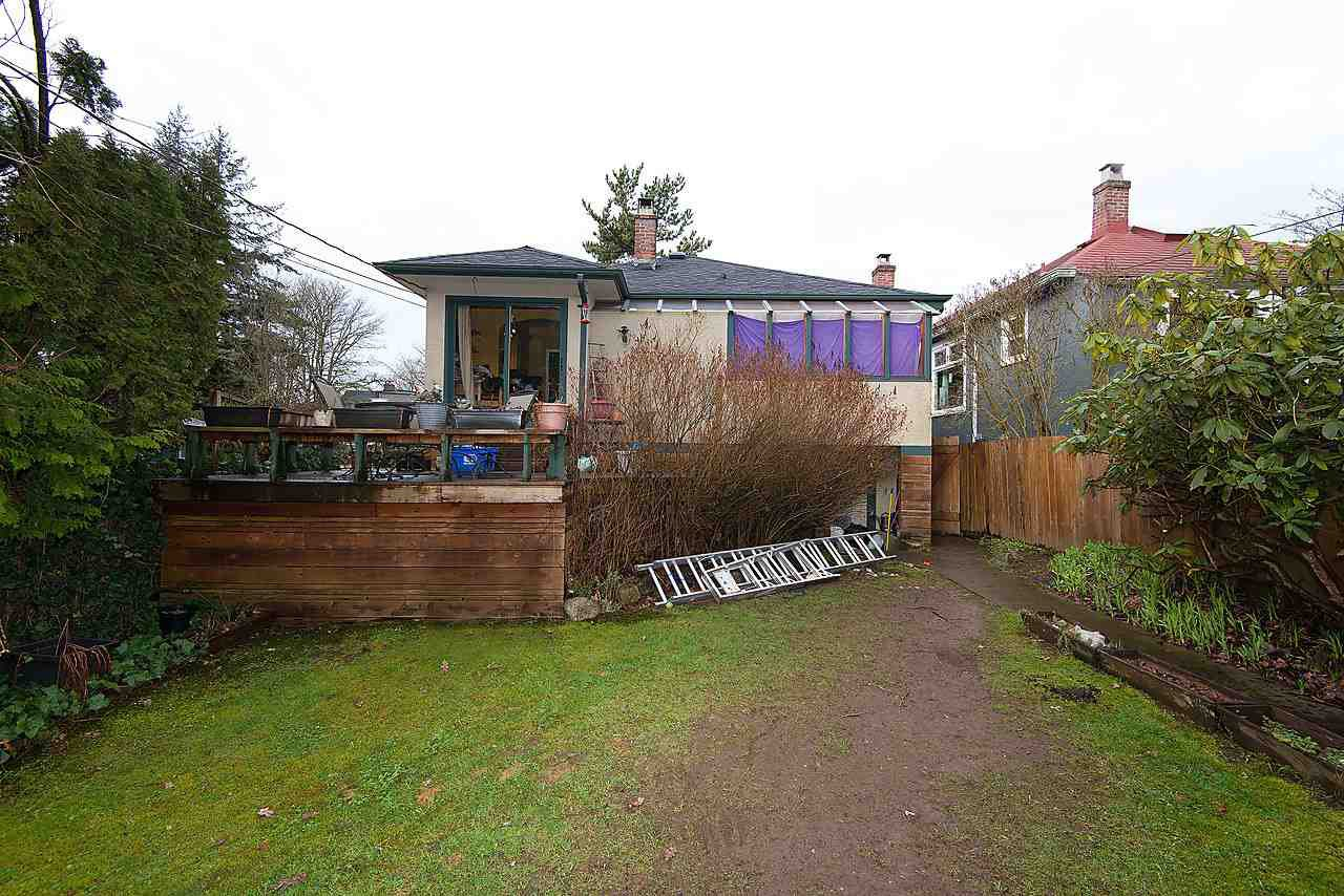 Photo 4: Photos: 4624 W 15TH Avenue in Vancouver: Point Grey House for sale (Vancouver West)  : MLS®# R2036824