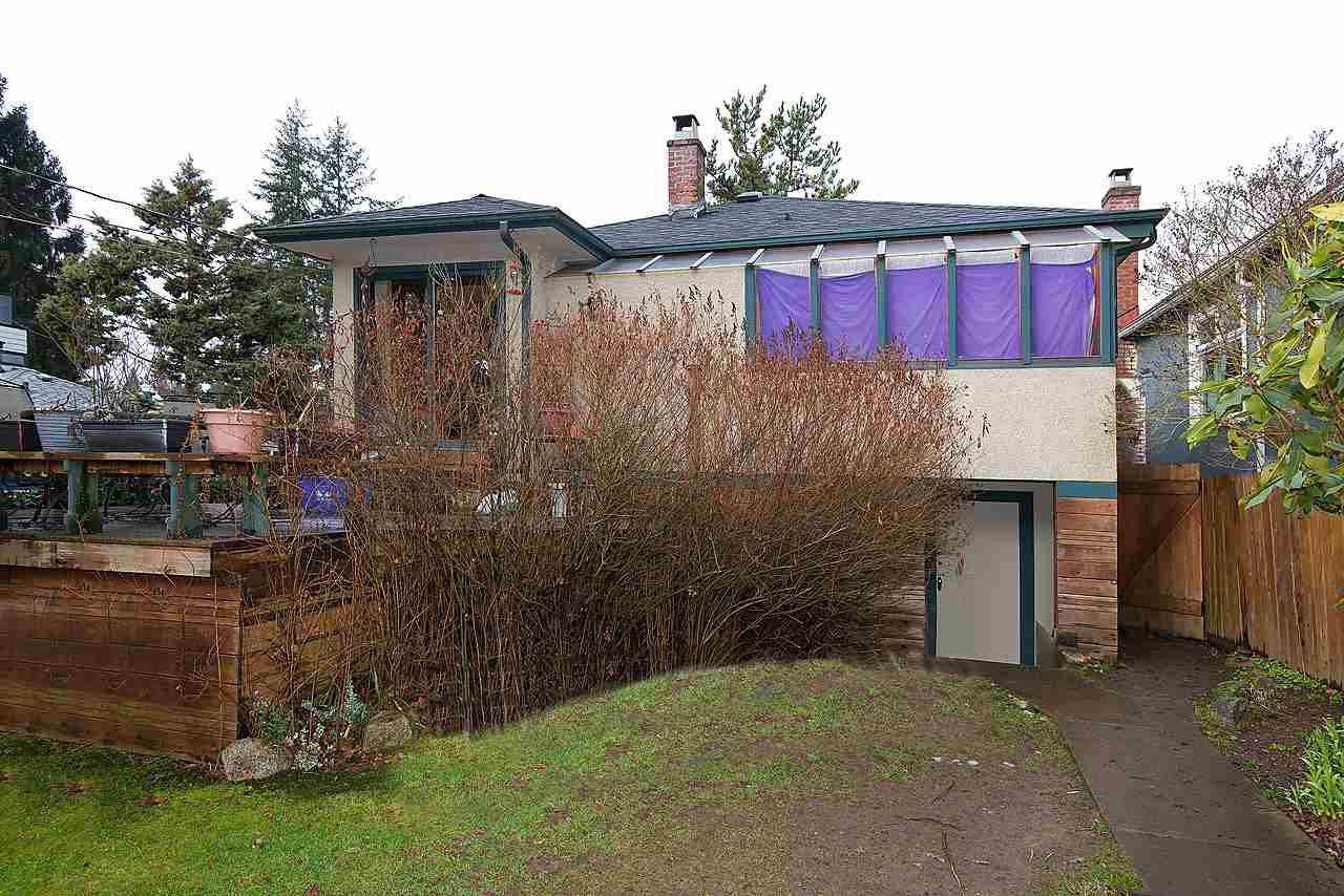Photo 3: Photos: 4624 W 15TH Avenue in Vancouver: Point Grey House for sale (Vancouver West)  : MLS®# R2036824