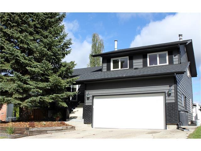 Main Photo: 121 CARR Crescent: Okotoks House for sale : MLS®# C4081929