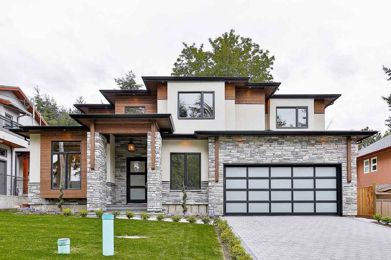 Main Photo: 12654 27A Avenue in Surrey: Crescent Bch Ocean Pk. House for sale (South Surrey White Rock)  : MLS®# R2139061