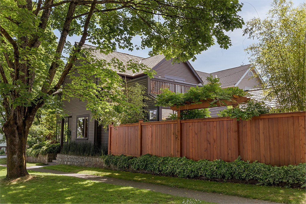 Main Photo: 3318 W 22ND Avenue in Vancouver: Dunbar House for sale (Vancouver West)  : MLS®# R2173270