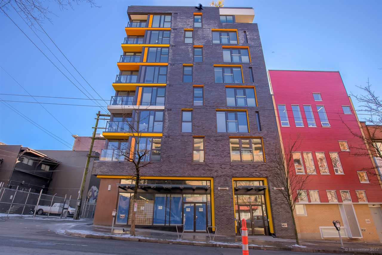 """Main Photo: 205 150 E CORDOVA Street in Vancouver: Downtown VE Condo for sale in """"INGASTOWN"""" (Vancouver East)  : MLS®# R2242692"""