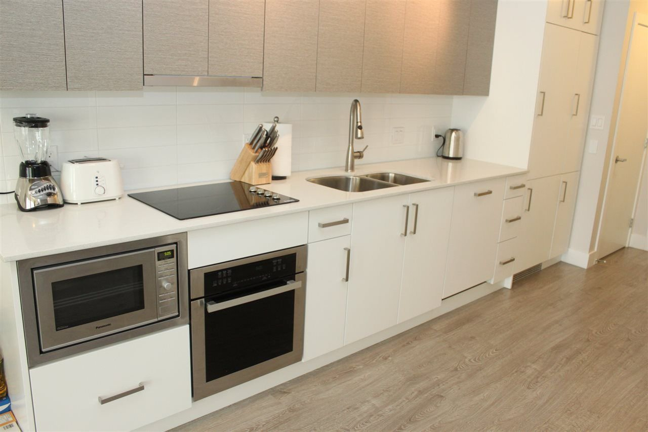 """Main Photo: 407 809 FOURTH Avenue in New Westminster: Uptown NW Condo for sale in """"LOTUS"""" : MLS®# R2249911"""