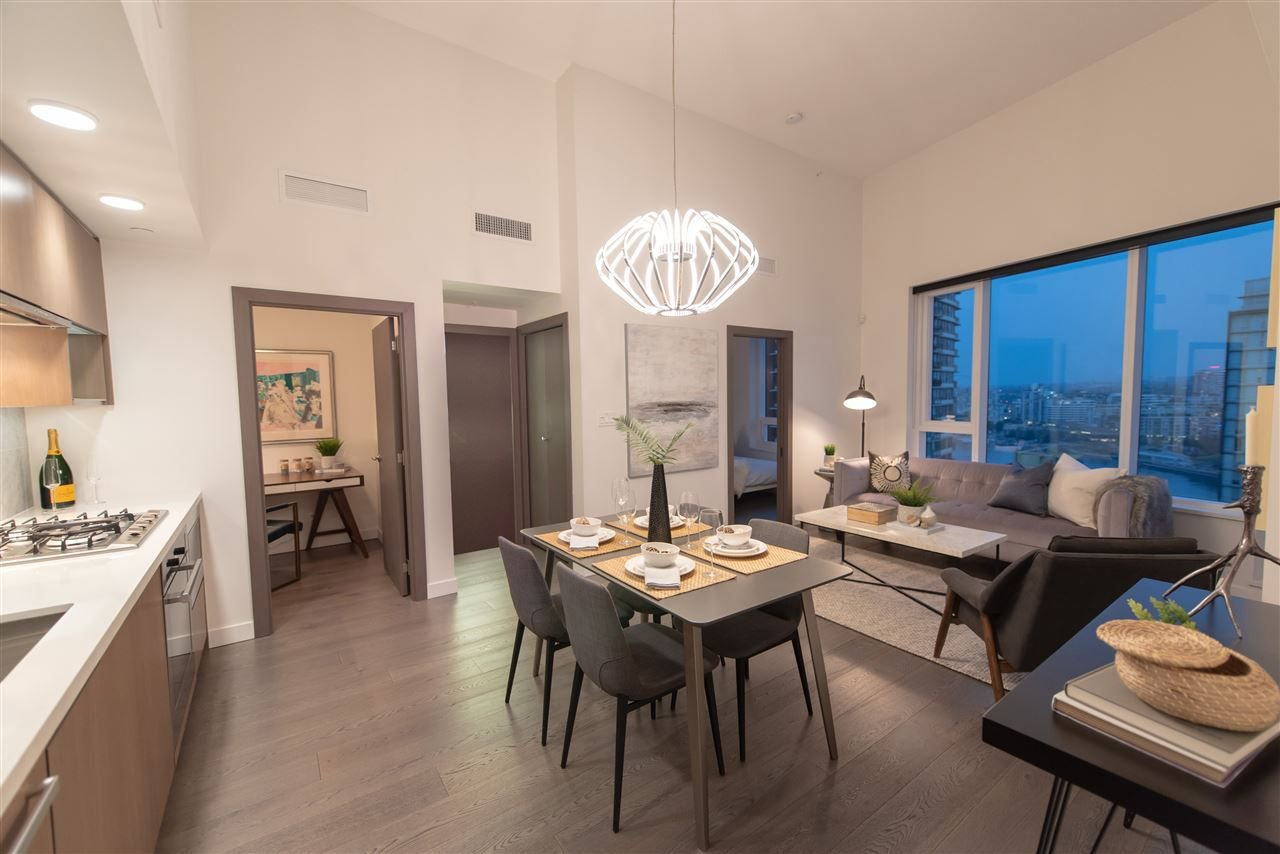 """Photo 4: Photos: 2055 38 SMITHE Street in Vancouver: Downtown VW Condo for sale in """"One Pacific"""" (Vancouver West)  : MLS®# R2310342"""