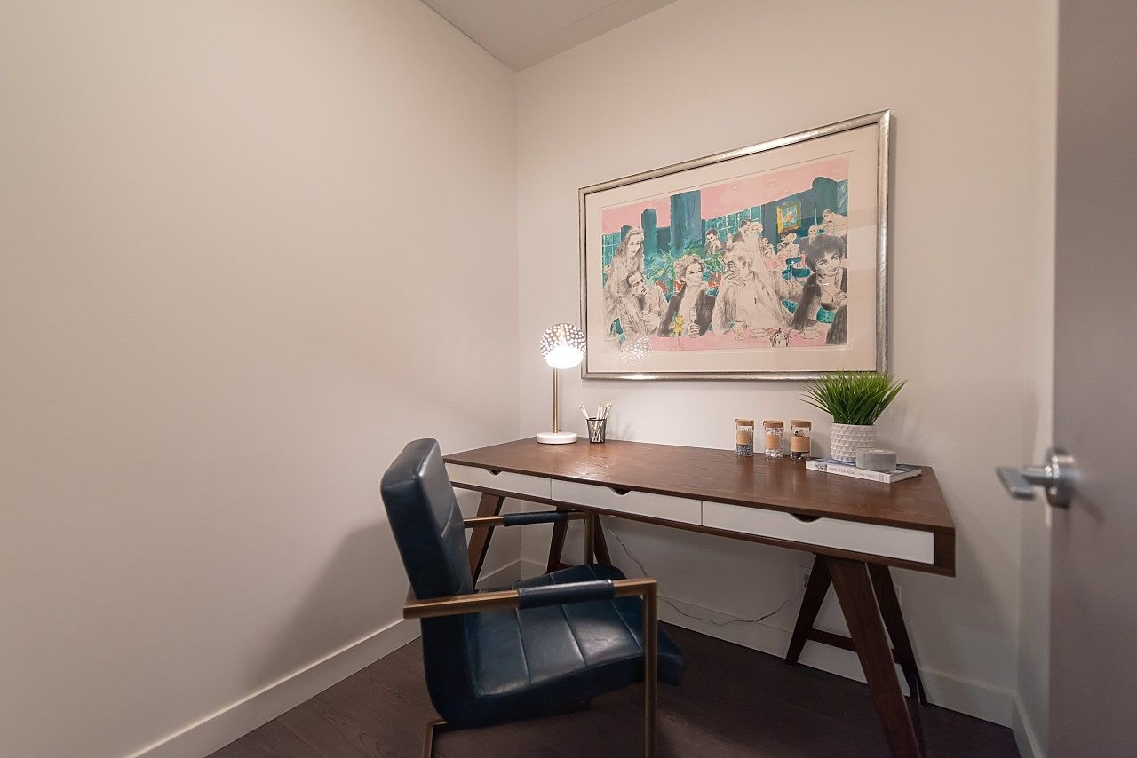 """Photo 12: Photos: 2055 38 SMITHE Street in Vancouver: Downtown VW Condo for sale in """"One Pacific"""" (Vancouver West)  : MLS®# R2310342"""