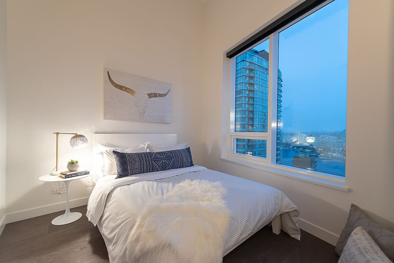"""Photo 10: Photos: 2055 38 SMITHE Street in Vancouver: Downtown VW Condo for sale in """"One Pacific"""" (Vancouver West)  : MLS®# R2310342"""